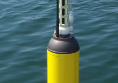 Teledyne WEBB RESEARCH autonomous Drifting Buoy APEX with CTD sensors (sinking to 2,000m depth, drifting with the underwater current, and sending data of the water column ashore by satellite ARGOS every time it surfaces)