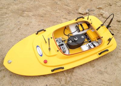 Teledyne OceanScience Q-Boats und Z-Boats sind ferngesteuerte Boote für hydrographische Vermessungen, in der Regel ausgerüstet mit ADCPs, CTDs und GPS bzw. optionalen Sensoren