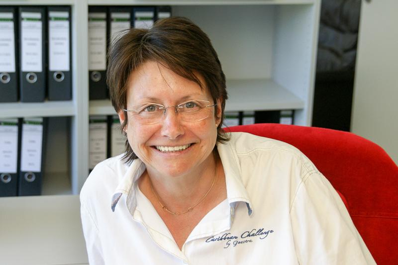 Sabine Thaysen, Sekretärin